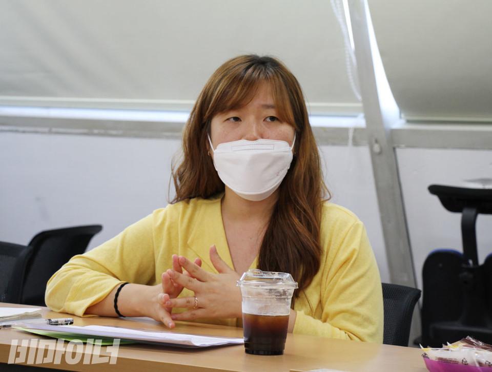 조아라 장애와인권발바닥행동 활동가가 이야기하고 있다. 사진 강혜민