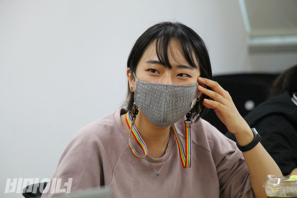 김수경 서울시장애인자립생활센터협의회 활동가가 이야기하고 있다. 사진 강혜민